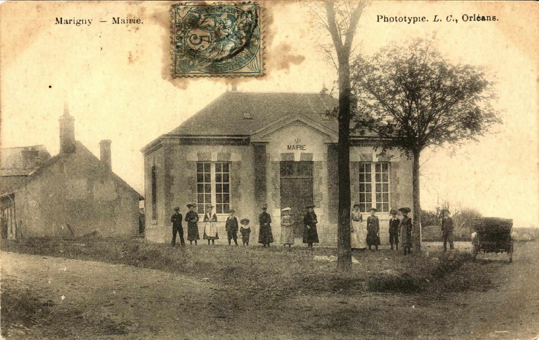 Marigny les Usages Mairie et école